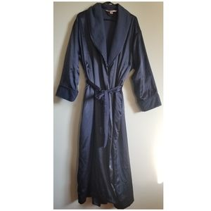 Victoria's secret satin cozy robe